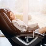 Massage Chair vs. Massage Therapist: Which One Is Better for You?