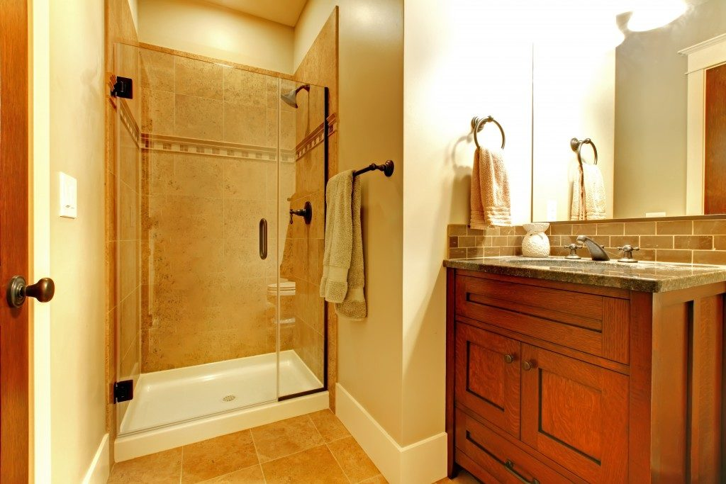 ergonomic bathroom